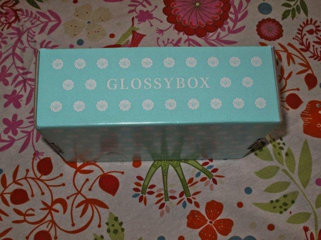 Glossybox_lzn