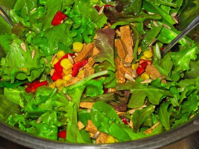 Salat mit Tofu_lzn