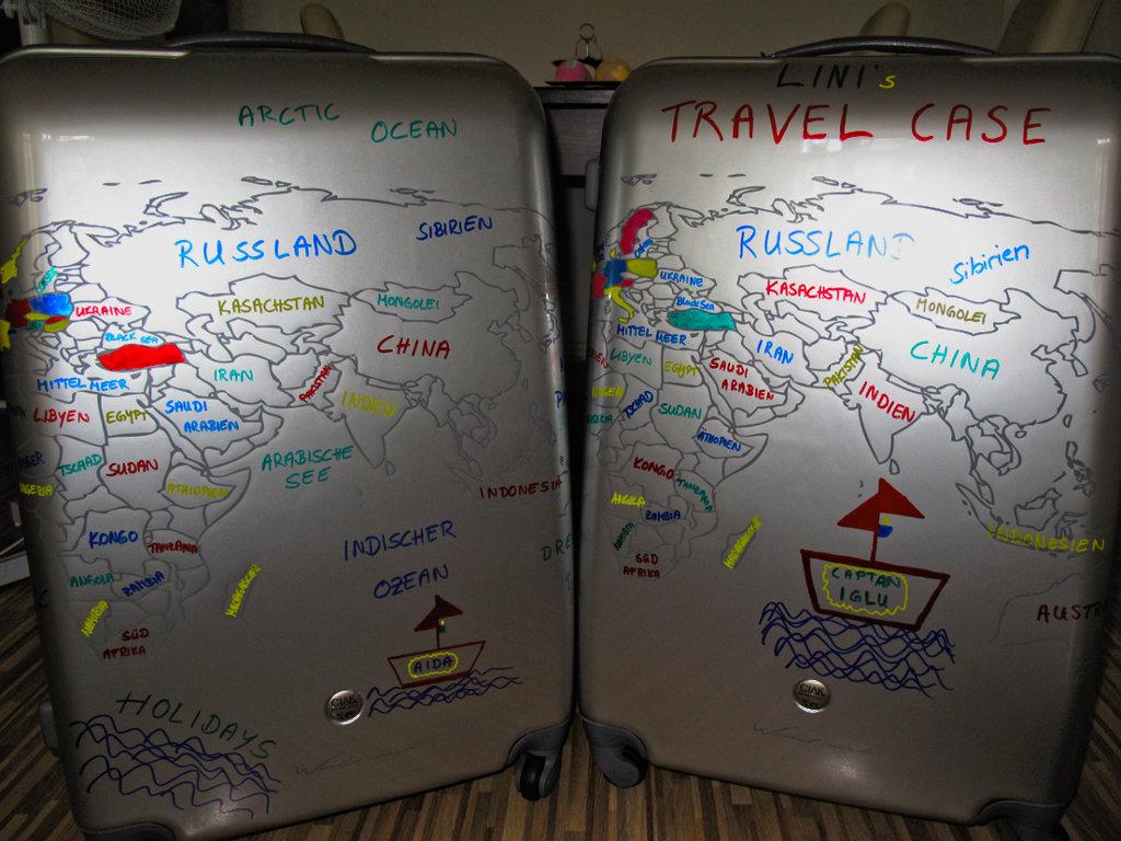 kreativer sonntag reisekoffer selbst gestalten kiki. Black Bedroom Furniture Sets. Home Design Ideas
